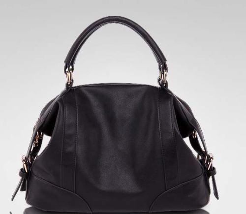 Kode: TS4045 Hitam Size: 36x25x16cm Bahan : High Quality PU Leather Harga: 365.000