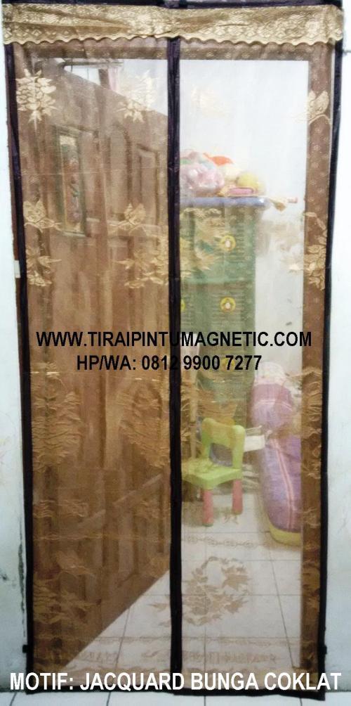 Size : 95x210 Motif: Jacquard Bunga Coklat Warna: Coklat