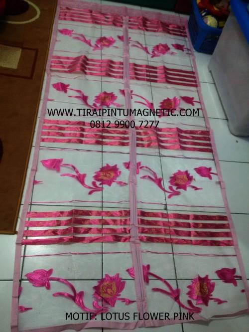 Size: 95x210 Warna : Pink Motif: Lotus Flower